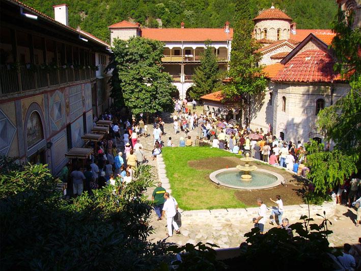 Резултат с изображение за Бачковският манастир