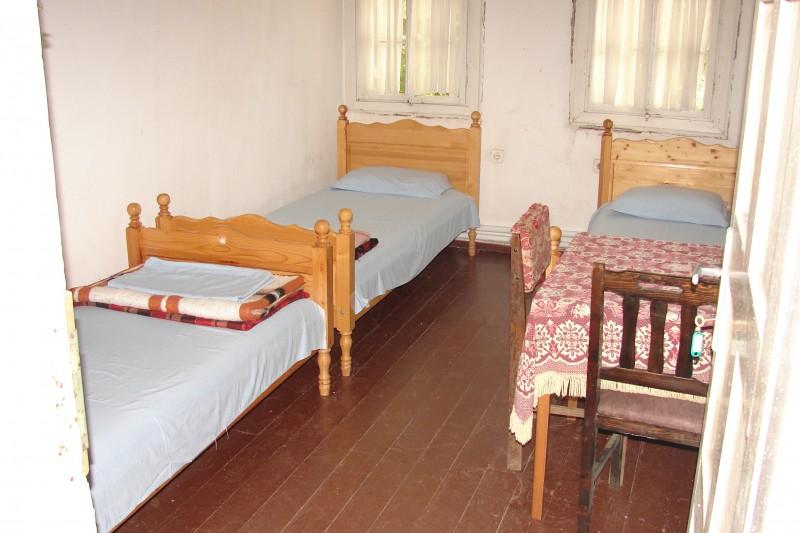 Стая без санитарен възел.